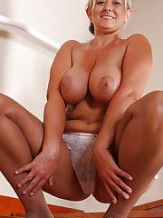34 plus Melyssa